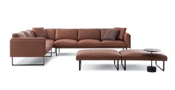 Cassina 8 Otto Titart in proportions 2560 X 1032
